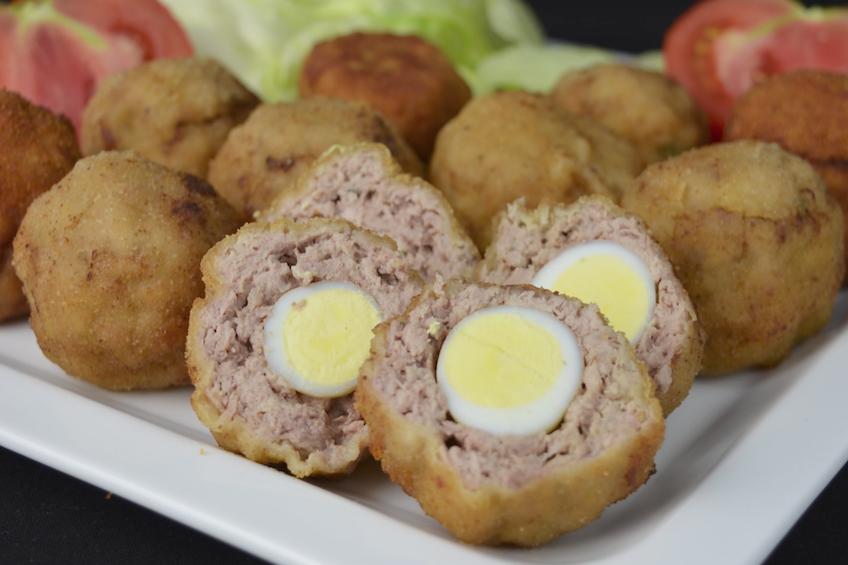 Huevos escoceses a la española